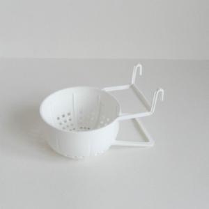 Plastic nest met afstandhouder